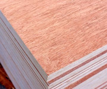 18mm Red Hardwood veneer plywood