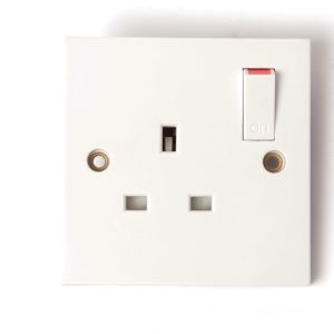 Switched Socket 13 Amp