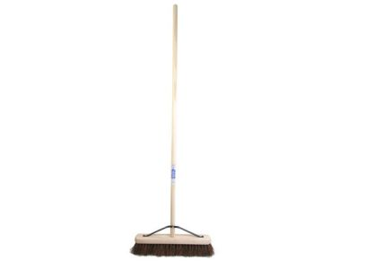 Bass Broom + Handle And Stay