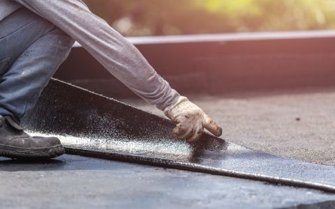 How to maintain a flat roof - guide